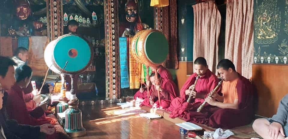 A kolostorban